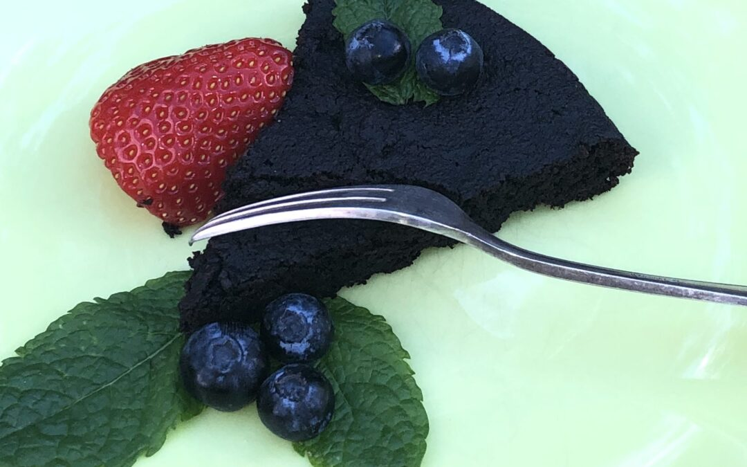 """THE best chocolate cake ever…  and it happens to be """"Free From"""""""